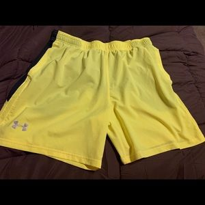 Under Armor Men's athletic shorts XL